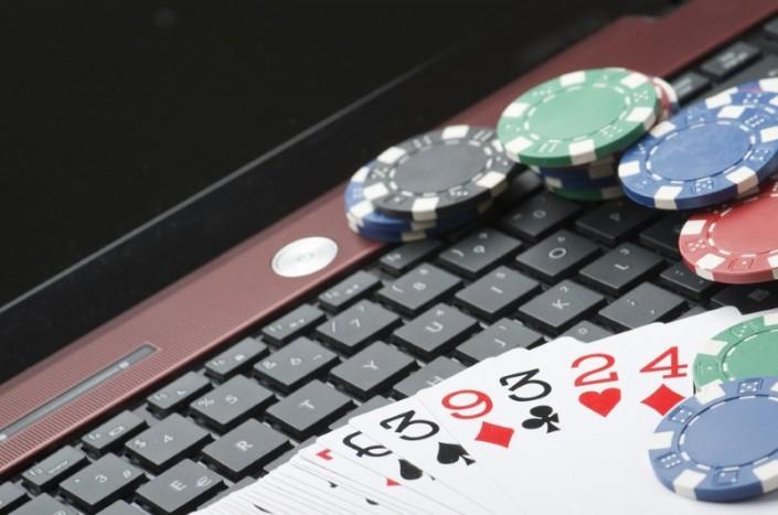I Vantaggi del Gioco del Blackjack Online